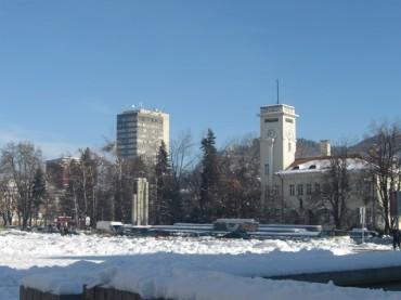Студено! Денят започна с 12,4 °С под нулата в Габрово и жълт код