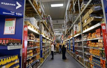 Търговия: Нови магазини и повече български доставчици