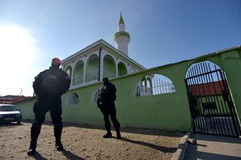 Ромите и радикалите: предполагаемата българска подкрепа за ИДИЛ