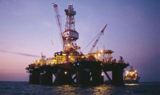 Ниските цени на петрола могат да доведат до демокрация