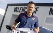 Невил включи Черишев в групата за Барса