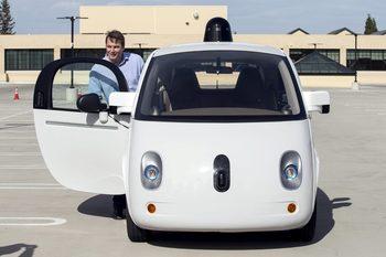 General Motors инвестира 1 млрд. долара в самоуправляващи се автомобили