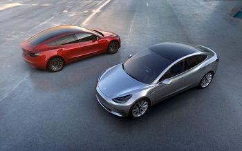 Tesla показа по-евтин модел електромобил