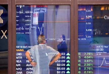 Промяна в S&P може да пренасочи инвестиции към фондовете за имоти в САЩ