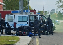 Разбиха престъпна група в Бургас, крала луксозни автомобили