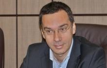 """Бургаският кмет като добрия самарянин – убеди министерството да отпусне още 300 хил. лв. за """"Личен асистент"""""""