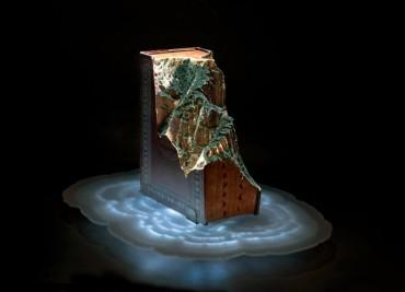 Скулптури от книги – изкуството на Гай Ларами