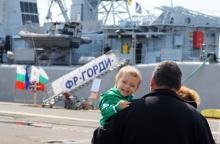 """""""Горди"""" прие гости в пристанище Бургас (снимки)"""