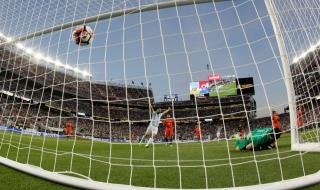Аржентина стартира с успех над шампиона