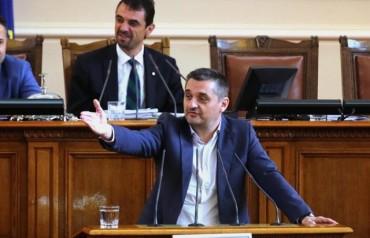 Добрев към Кунева: Връщате времето на Вишински – анонимка и виновен до доказване на противното