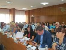 """Съветниците гласуваха за ликвидацията на """"Общински пазари"""" – Шумен"""