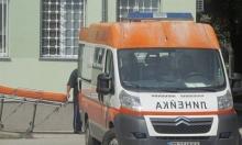 Пиян моторист се заби в метална врата, бере душа в болница