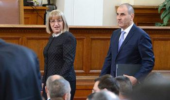 Кандидат-президентската ни двойка е силно разпознаваема, каза Цецка Цачева