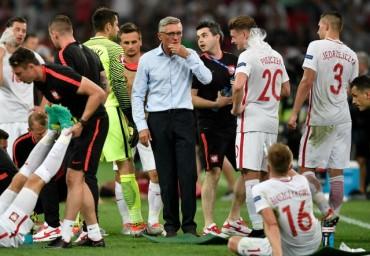 Треньорът на Полша: Болката е голяма
