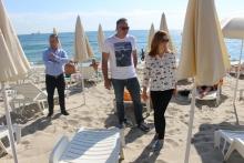 Хотелиер завзел плажа Фичоза, глобяват го