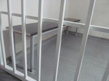 Задържаха за постоянно 20-годишен със седем присъди, ограбил в съучастие възрастна жена