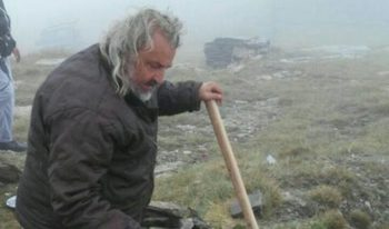 Паметникът на Каймак-чалан е поставен незаконно, твърди Македонското външно министерство