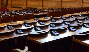 """""""Екзакта"""": Шест политически сили влизат в парламента, ако изборите са сега (графики)"""