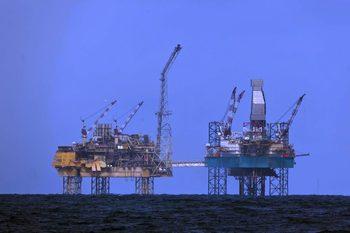 """Total е открила нефт в блок """"Хан Аспарух"""""""