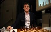 Карлсен изравни резултата в битката за световната титла