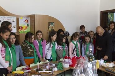 Усмивките на Габрово зарадваха децата от Дневния център