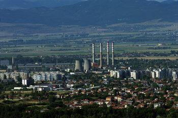 Заплатите в София са двойно по-високи от редица други области, твърдят икономисти