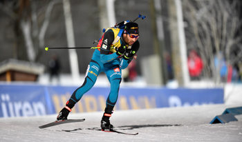 Фуркад спечели убедително спринта на 10 км, слаб ден за българските биатлонисти
