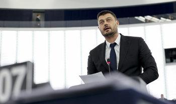 "Бареков закри ""България без цензура"""