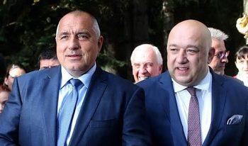 Въпреки заръката на Борисов спортното министерство пусна 2 спешни поръчки по празниците