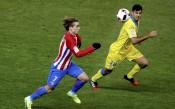 Атлетико мина през иглени уши до четвъртфинал