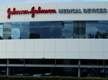 Johnson & Johnson купува най-голямата биотехнологична компания в Европа за 30 млрд. долара