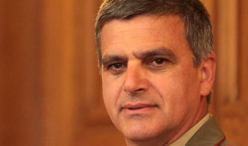 Министърът на отбраната ще координира подготовката за изборите на 26 март