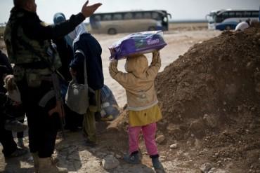 350 000 деца са в капан в Мосул