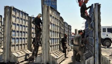 Турската гранична стена върви по план