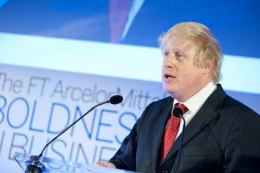 Борис Джонсън отложи посещението си в Русия заради НАТО
