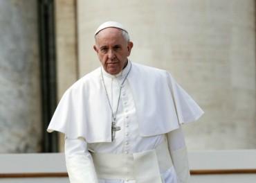Папата скърби за жертвите в Лондон