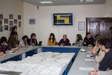 Ивелина Петрова обсъди перспективите за развитие на читалищата