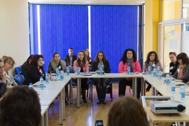 Семинар за укрепване сътрудничеството на институциите при домашно насилие