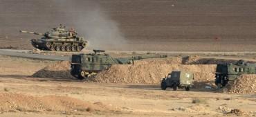 Турция атакува бойци, подкрепяни от САЩ