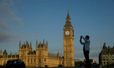 Петима загинали и десетки ранени в Лондон