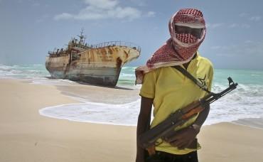 Сомалийските пирати отново в действие (ВИДЕО)