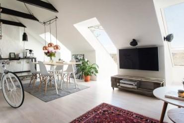 Малък тавански апартамент с интериор в скандинавски стил