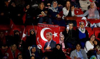 Анкара планира да забрани риалити предвания с любовни срещи