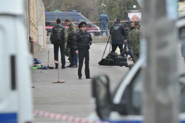 Бомби изникват из цял Петербург