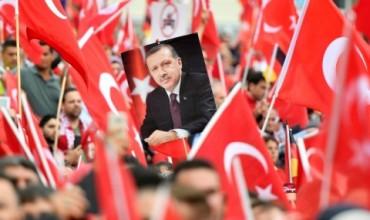 Решителен ден в Турция