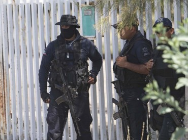 Бандити стреляха по туристи в оживен курорт