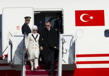Ердоган се качва на самолета. Първо Москва, после Вашингтон