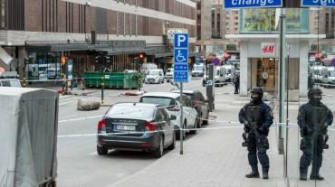 Атентаторът в Швеция иска сунитски адвокат