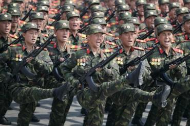 Северна Корея готова за велика война