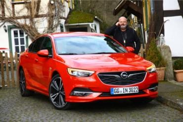 На ти с новия Opel Insignia Grand Sport 2017